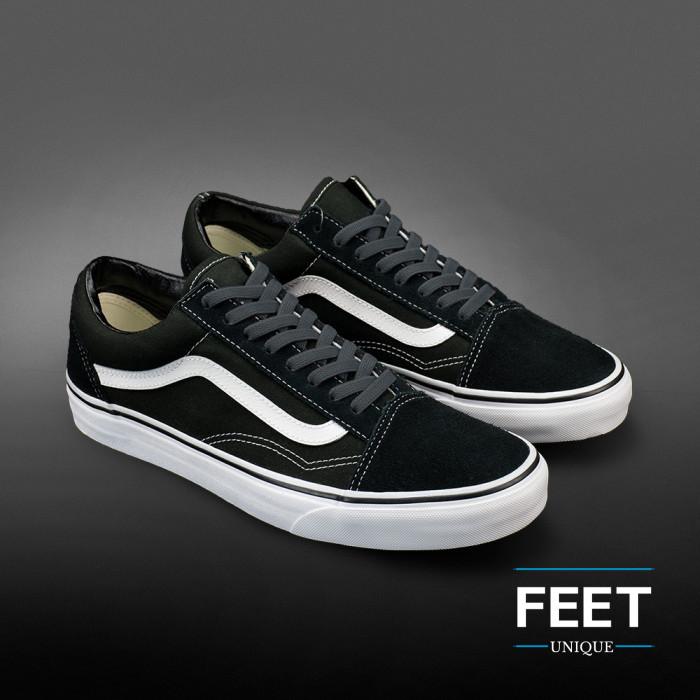 Elastic flat dark grey shoelaces (no tie)