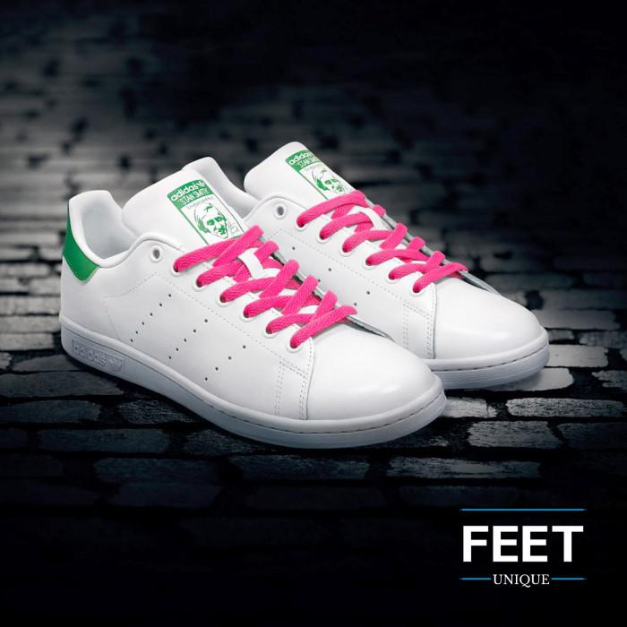 Flat hot pink shoelaces